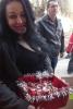 Семейство Ананиеви дарява на дома на отец Иван в Нови хан