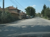 В далечината се виждат светофарите на Драгичево